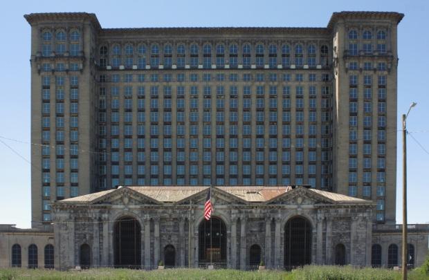 A445,_Michigan_Central_Station,_Detroit,_Michigan,_United_States,_2016